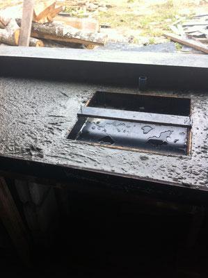 Betonablage mit Aussparung für Spülbecken