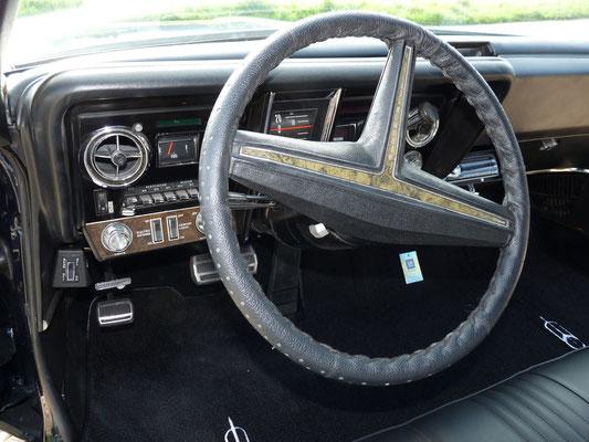 Oldsmoblie Toronado 1969