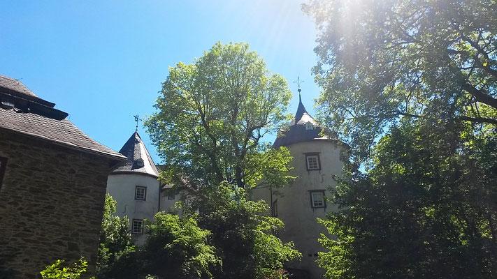 Aufstieg zur Burg Bilstein