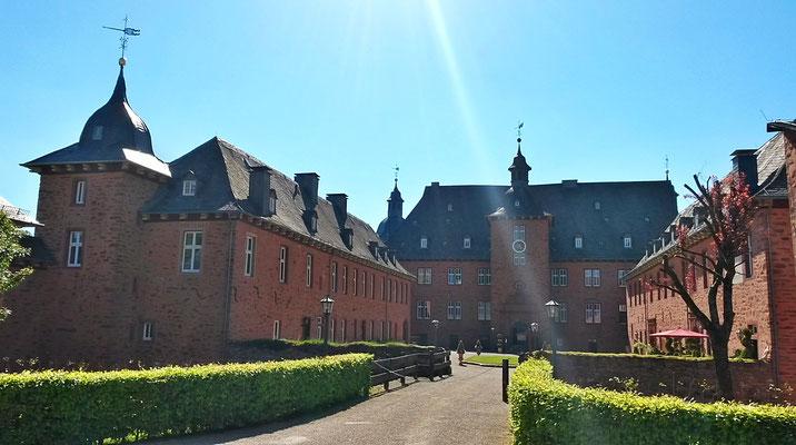 Innenhof Schloß Adolphsburg