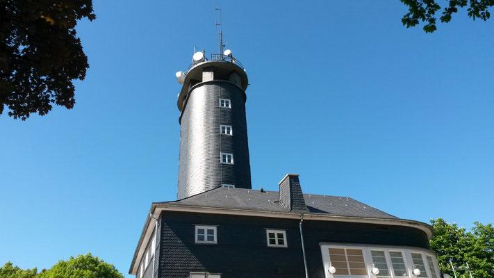 """Aussichtsturm und Restaurant """"Hohe Bracht"""" derzeit geschlossen wegen Renovierung"""