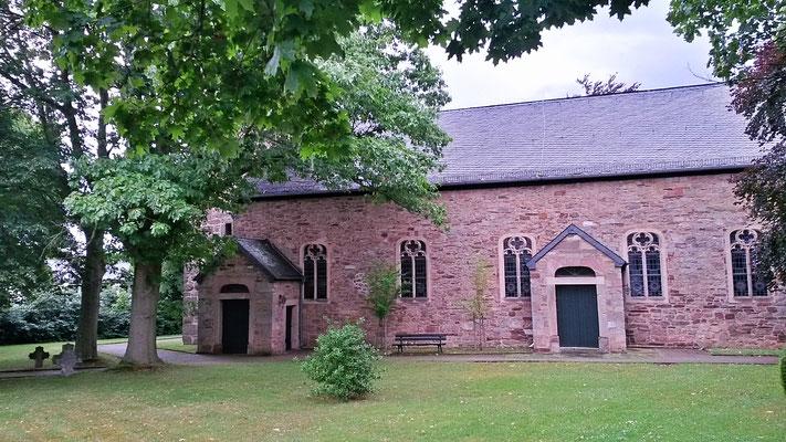 Die Kirche in Bergstein bietet mir Unterschlupf