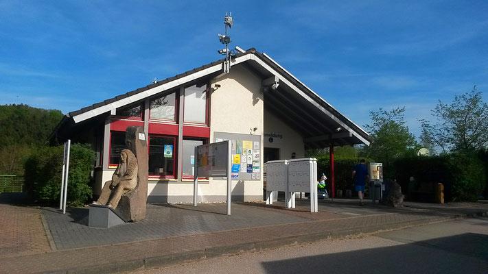 Rezeption Eifel-Camp-hier anmelden