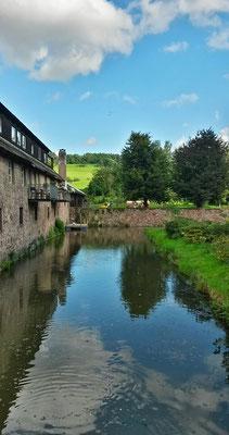 Wassergraben vom Rittergut