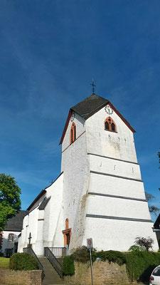 Unser Ziel, die Kirche in Ripsdorf