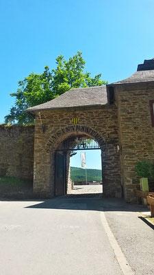 Eingang zur Bilsteiner Burg