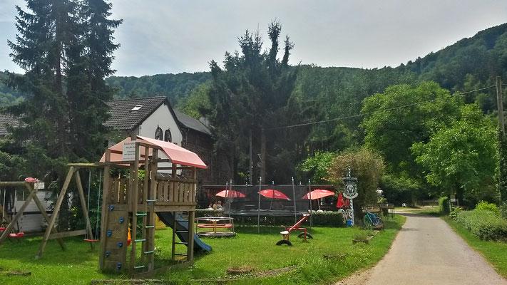 Gut Mausauel, Café und Kinderspielplatz