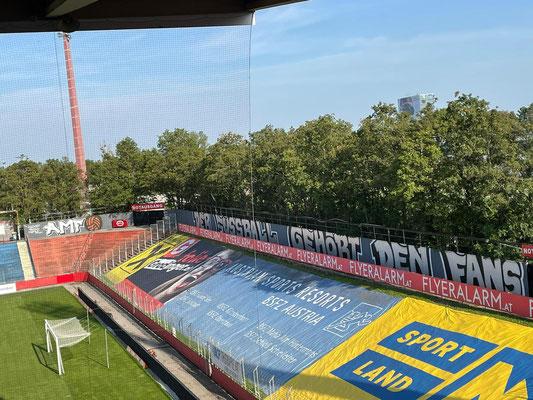 Graffiti von den Südstadt Fanatics und Gate2 rund ums Südstadt Stadion 5