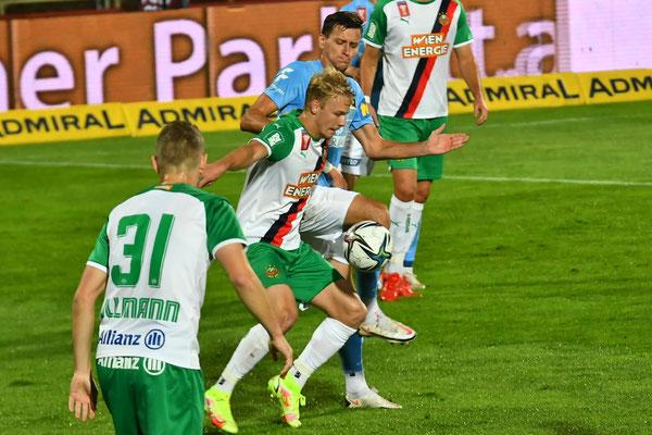 Stephan Zwierschitz gab alles gegen seinen direkten Gegenspieler Marco Grüll und zeigte ihm seine Grenzen auf