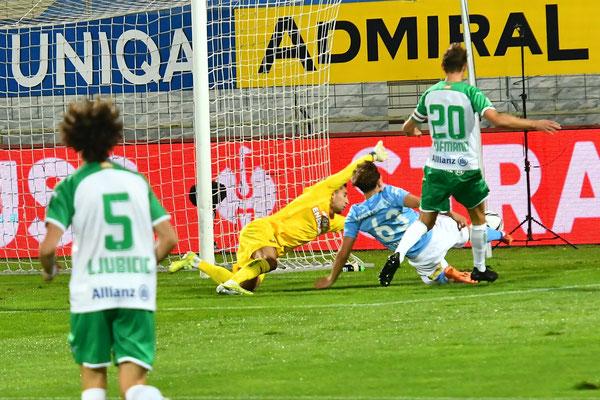Der Youngster Luca Kronberger kam bereits in den Anfangsminuten zu einer Torchance