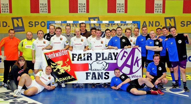 Freundschaftlicher Hallenkick gegen die Soccerholics anlässlich 15 Jahre SF95