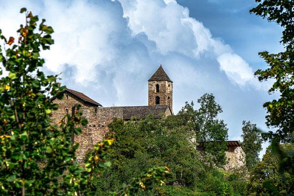 Burganlage Hohen Rätien