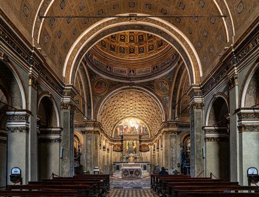 Basilica di Santa Maria, Architekt: Bramante, Altarraum ist nur 2m tief = geniale Perspektive vermittelt nicht vorhandene Tiefe.