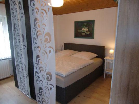 Abgetrennter Schlafbereich der Ferienwohnung in Wiehl
