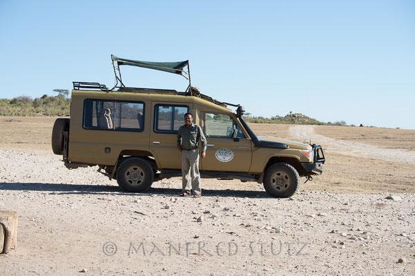 Unser Guide und Fahrzeug für die nächsten 9 Tage. Ein Toyota Landcruiser natürlich.