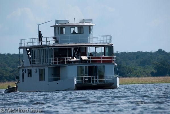 Ichobezi Riverboat...