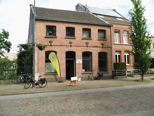 Tweede rustpost, te Wilrijk, na 8km