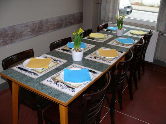 Schikking van een groepje tafels