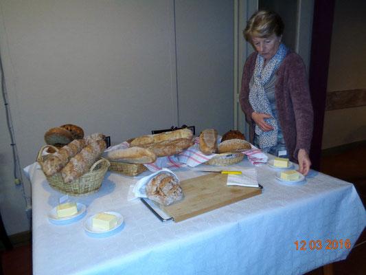 uitstalling van het lekkere brood