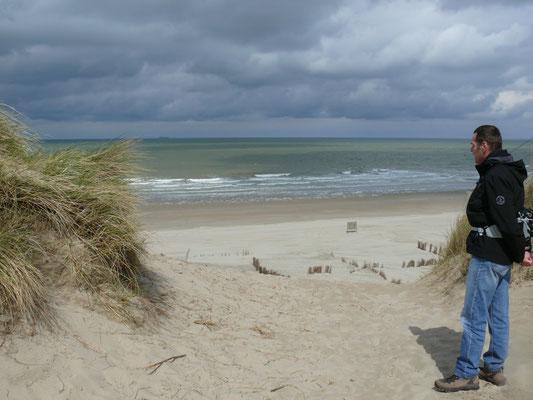 Prachtbeeld voor de 2 moedigen na een venijnige klim over los zand
