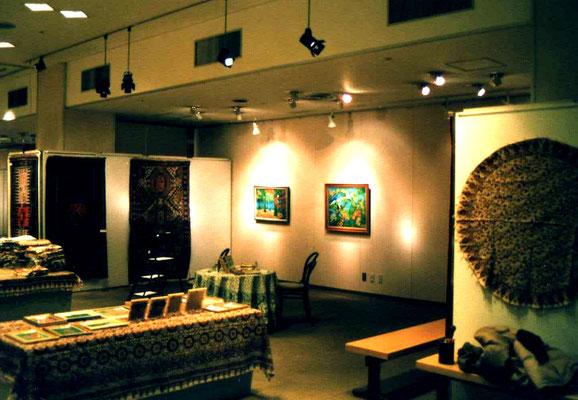 ベイシア 伊勢崎店4F  ペルシャ絨毯と絵画(賛助出品)立花雪