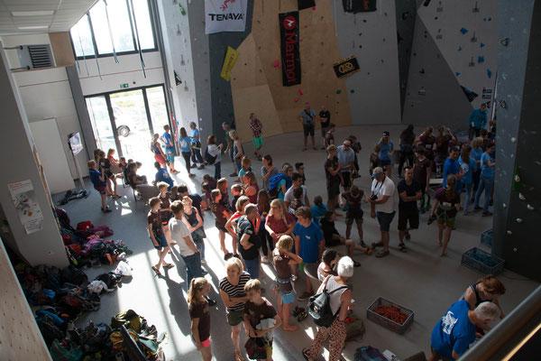 ES-Vertikal Kletterzentrum Deggendorf Wettkampf 2019 Start