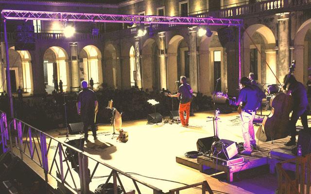 """Catania - Cortile Platamone - 3 settembre 2016 - Presentazione del Cd """"Della rivoluzione e di altri folklorismi"""""""