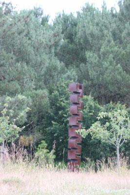 """Sculpture """"L'espoir"""" @ Yves Rocher"""