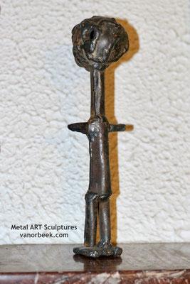 metalen kunstwerk vanorbeek
