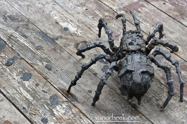 tarantula sculpture
