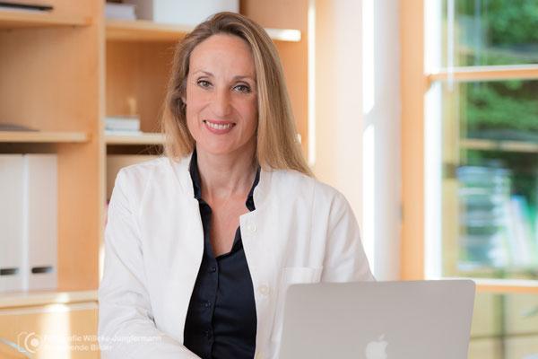 business Fotograf Arzt und Klinik München - professionelle Praxisfotografie von Arztpraxis, Zahnarzt, Klinik, Ihr  Praxisfotograf Dorothe Willeke-Jungfermann München