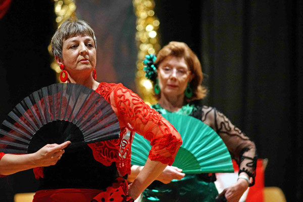 Flamenco Sevillana mit Christa Fischer und Anita Müller