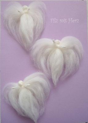 Filzengel weiß - Filz mit Herz Dekoration