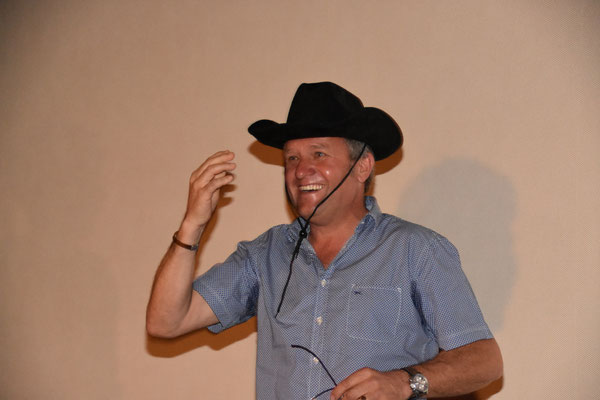 Peter Zumbrunn mit dem neuen Cowboy Hut