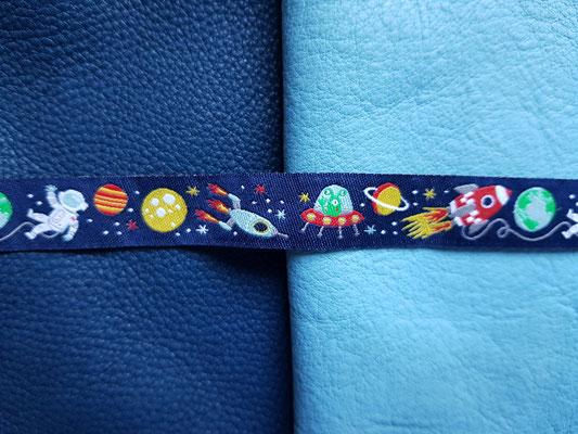 Weltraum (auf tobago/babyblue)