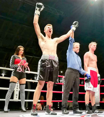 Wr. Neustadt; Boxen; Night of Warriors 4.0; Team L&L; Promotion; Lautenschlager; Lederhas;