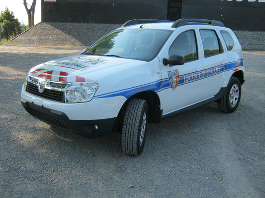 Véhicules prioritaires police Eas Automobiles