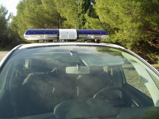Véhicules prioritaires police / rampe lumineuse Eas Automobiles