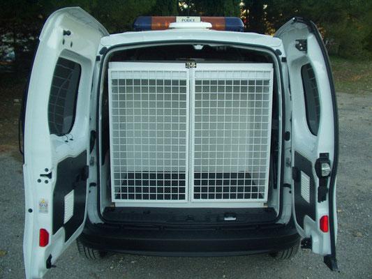 Véhicules prioritaires police / brigade canine Eas Automobiles