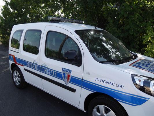 Rampe lumineuse de police extra plate Eas Automobiles