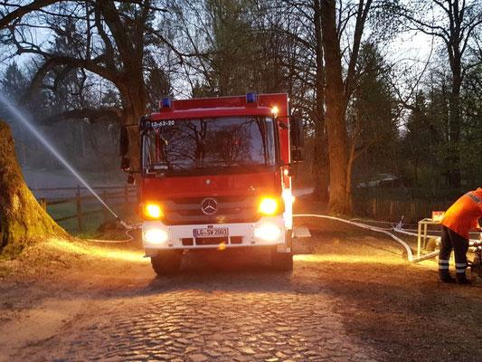 Maschinistendienst Soderstorf, Apr 2018, provisorischer Wasserwerfer und SW 2000