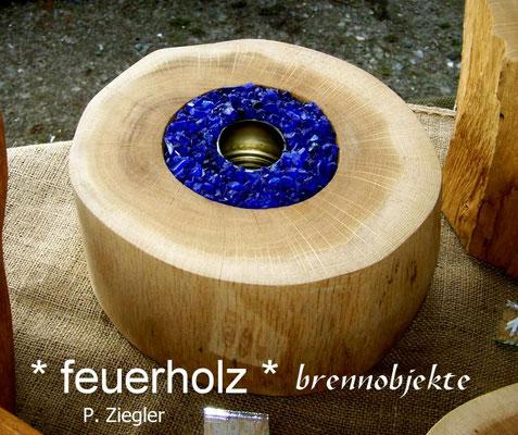 Holz wird zu einem Kunstwerk - Brennobjekte