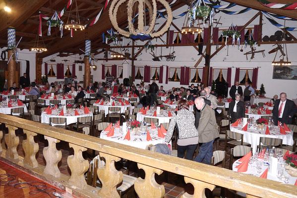 Blick von der Bühne der Bayernhalle in Garmisch-Partenkirchen