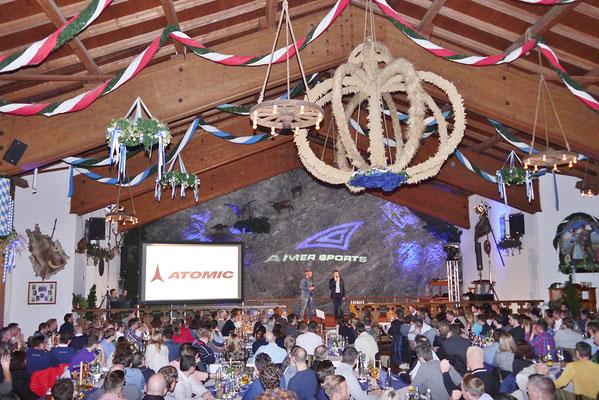 Hervorragende Präsentationsmöglichkeiten in der Bayernhalle in Garmisch-Partenkirchen