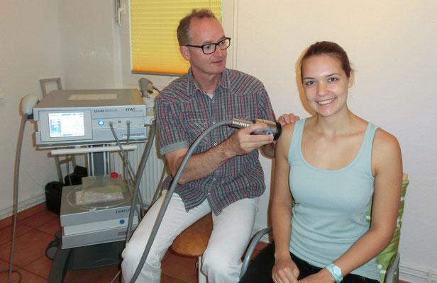 Stoßwellentherapie der Schulter Rotatorenmanschette - Orthopädische Privatarztpraxis Dr. med. Frank Brons