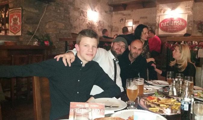 Weihnachtsessen mit den Kollegen vom Telex in der Brauerei von Tuzla