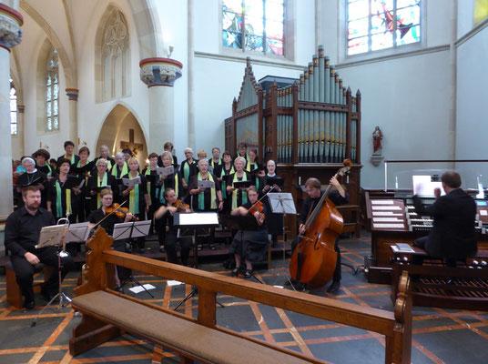St. Ida-Chor und Streicherensemble - Leitung Jörg Bücker
