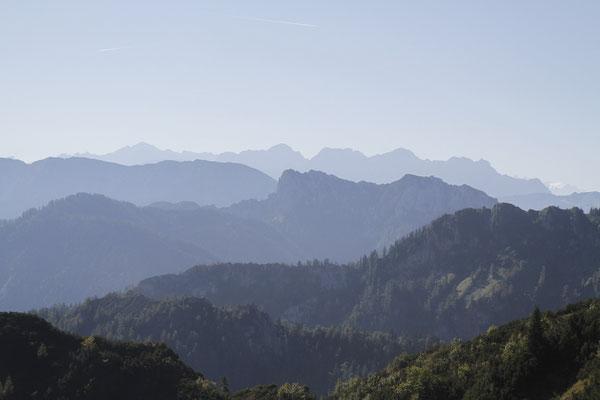Blick vom Zielbereich in die Alpen Foto Stinn