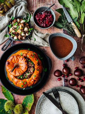 Gefüllter Kürbis mit Cranberry-Kompott