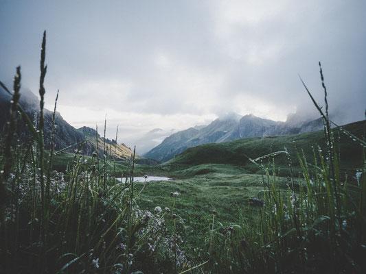 Morgens an der Fiderepasshütte, Blick Richtung Oberstdorf